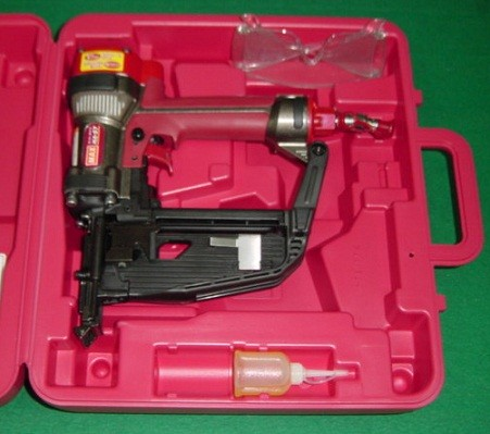 マックス HA-57/957T 高圧9mmフロアステ-プル用釘打機 新品