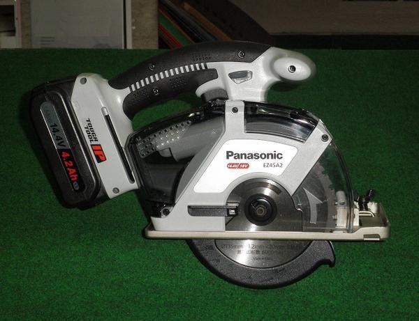 パナソニック EZ45A2LS2F-H 14.4V-4.2Ah-135mmパワーカッター グレー 新品