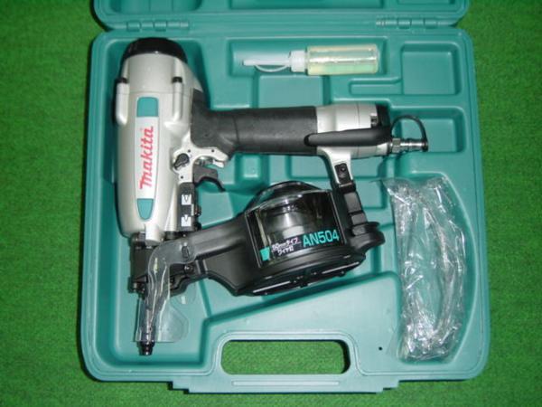 マキタ AN504 50mm常圧釘打機 打込深さ調整付 新品