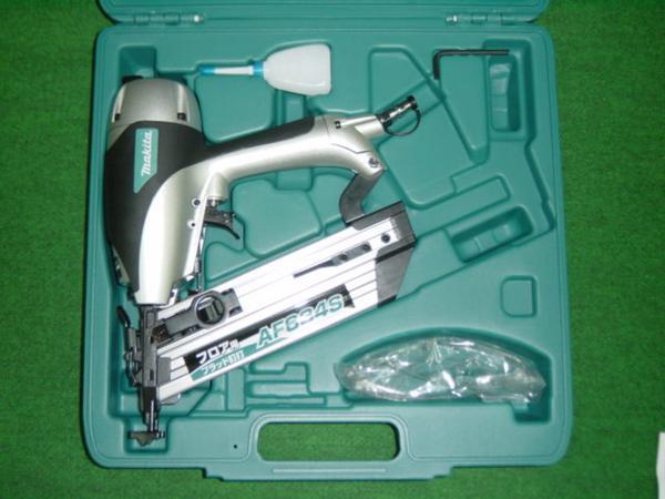 マキタ AF634S 常圧フロア用ブラッド釘打機 新品