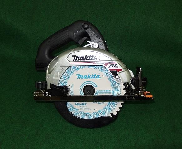 マキタ HS631DZSB 18V-165mm充電式BLマルノコ バッテリ・充電器別売 サメ肌チップソー付 黒 新品