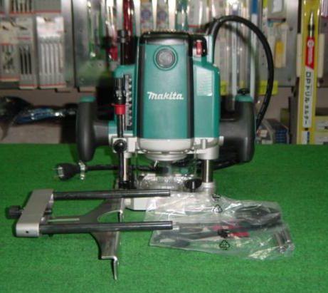 マキタ 電子ルーター RP2301FC 新品