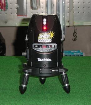 マキタ 耐振動ラインポイントレーザー墨出し器 SK308PHZN おおがね・通り芯・ろく 新品