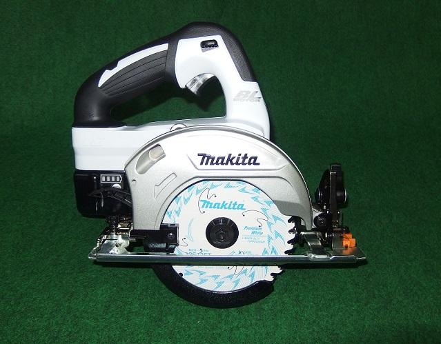マキタ HS470DGSW 14.4V-6.0Ah-125mm充電式ブラシレスマルノコ サメ肌チップソ-付 白 新品