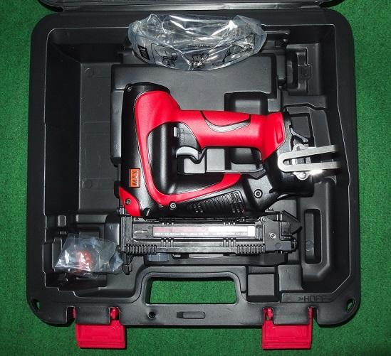 TJ-25/4J 新品 MAX 充電器・電池パック別売 18V充電式4mmタッカ 本体のみ+ケースセット TJ25 4J マックス