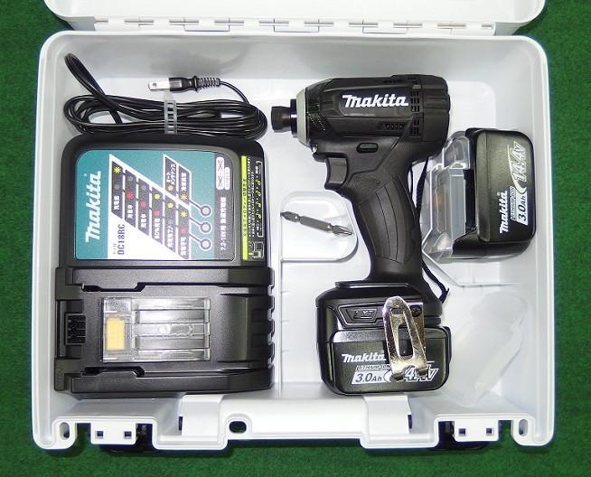 マキタ TD138DRFXB 14.4V防塵防滴インパクトドライバ- 黒 フルセット 新品