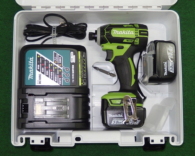 マキタ TD138DRFXL 14.4V防塵防滴インパクトドライバ- ライム フルセット 新品