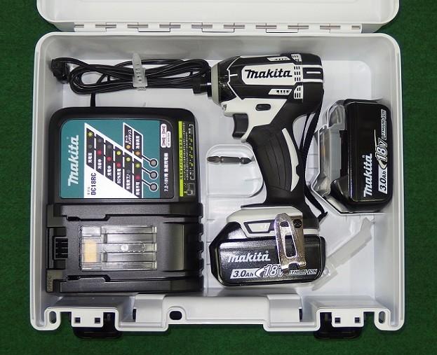 マキタ TD149DRFXW 18V防塵防滴インパクトドライバー フルセット 白 新品