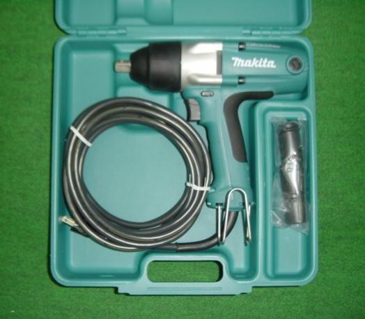 マキタ TW0250 100Vインパクトレンチ ソケット付 新品