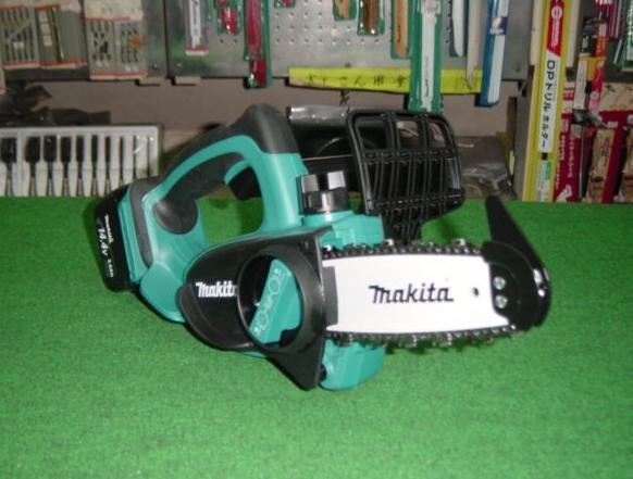 マキタ UC121DRF 14.4V-115mm充電式チェー ンソー 新品