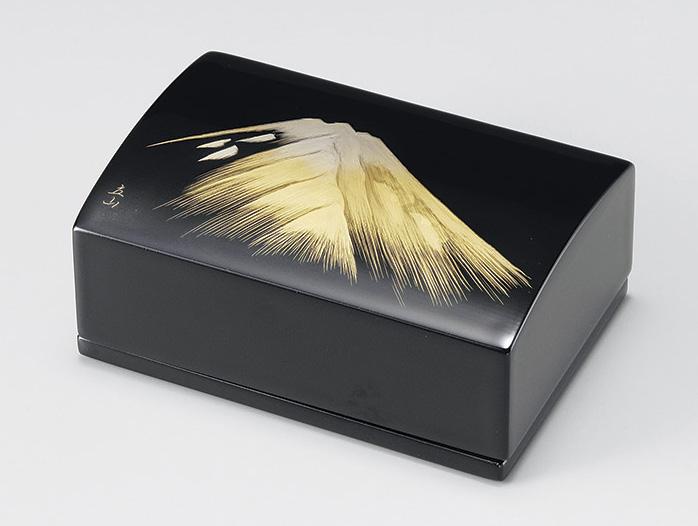 【送料無料】越前漆器 名刺箱 金富士(小)黒 911408 (名刺入れ 小物入れ) (松屋漆器)