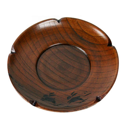 天然木 うるし塗でうさぎ彫のかわいいな茶托です 木製 4.0茶托 梅型 初売り うさぎ彫 001-583 ※アウトレット品 茶器 うるし塗