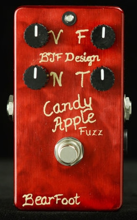 【レビューを書いて次回送料無料クーポンGET】BearFoot Guitar Effects Candy Apple Fuzz Gold エフェクター【メーカー1年保証】【ベアフット】【ファズ】【新品】