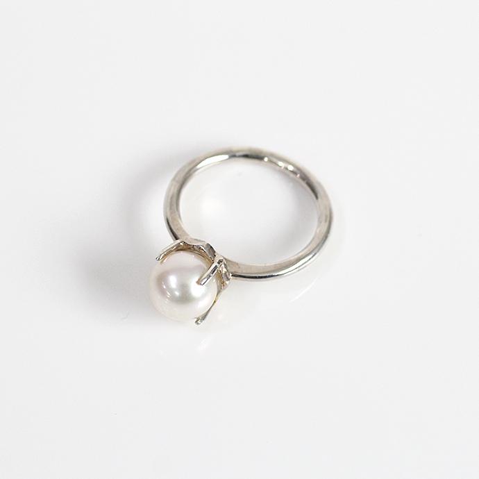 hirondelle et pepin(イロンデール エ ペパン) silver sr-19ss-41 シルバー アコヤパール リング【送料無料】クリスマスプレゼント 指輪 真珠 ギフト 女性 結婚式 パーティ シンプル 華やか 上品