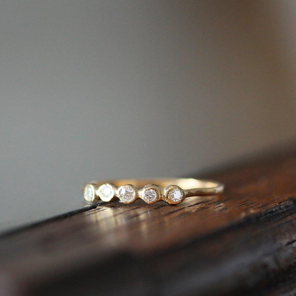 18金 hirondelle(イロンデール)k18 hr-10w-289 5石ダイヤモンドリング【送料無料】