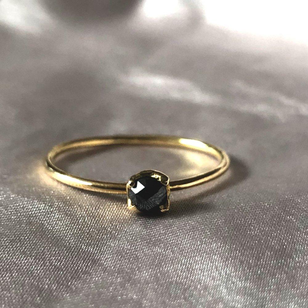 18金 hirondelle(イロンデール)k18 hr-295 ローズカットブラックダイヤリング【送料無料】 市場