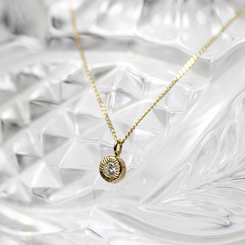ネックレス hirondelle(イロンデール)k18 hn-461 ギザギザふくりんダイヤネックレス【送料無料】