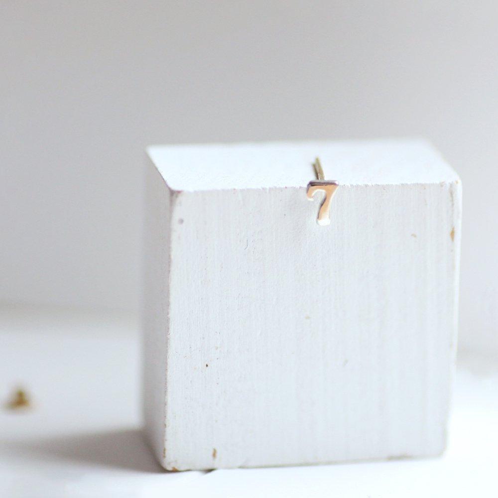 hirondelle et pepin(イロンデール エ ペパン) silver sp-20ss-24 ナンバー ピアス / シルバー(片耳タイプ) ギフト プレゼント シルバーアクセサリー シンプル 上品 大人 誕生日 プレゼント