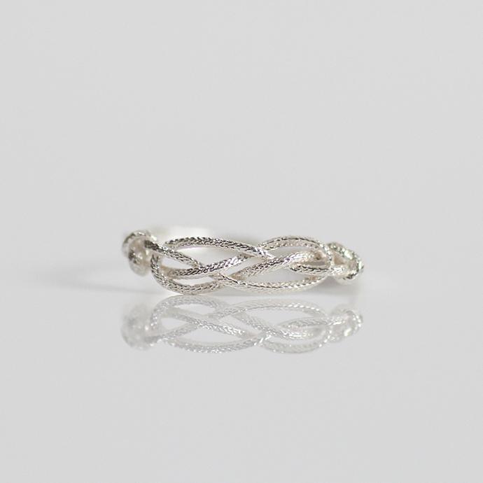 moca.arpeggio(モカ・アルペジオ)CR-9 Knot 飾り結びリング/シルバー