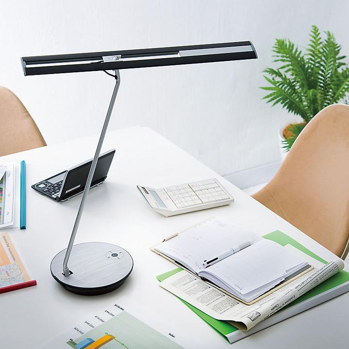 デスクライト 山田照明 Z-LIGHT Z-6600 【正規販売店】 電気スタンド LED クランプ 目に優しい 照明 調光 調色 卓上ライト 照明