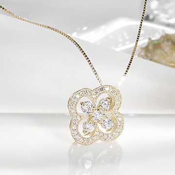 ☆K18YG 0.5ct ダイヤモンド クローバー ネックレス【送料無料】【ダイヤ】