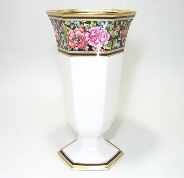 ウェッジウッド・クリオ フェスティバルベース H.20cm wedgwood ギフト 花瓶