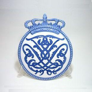 ロイヤルコペンハーゲン・メモリアル 1906王冠No.60 H23cm