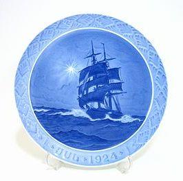 ロイヤルコペンハーゲン・クリスマスプレート 1924年 海上のクリスマスの星