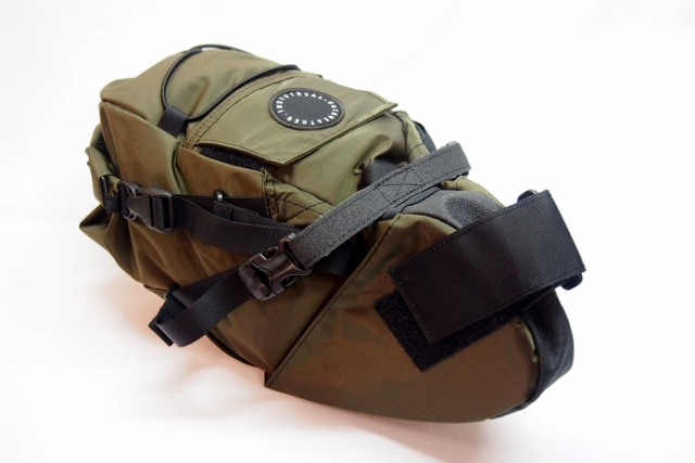 【新品】【送料無料】 FAIRWEATHER(フェアウェザー) SEAT BAG(シートバッグ)オリーブ