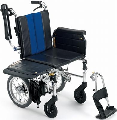 (代引き不可)ミキ トランスファーボード付きアルミ介助式車いす ラクーネ3 LK-3ノーパンクタイヤ仕様 介護用品