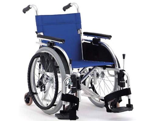 (代引き不可)タイトターン(TT-01)【自走式車いす】【松永製作所】 介護用品