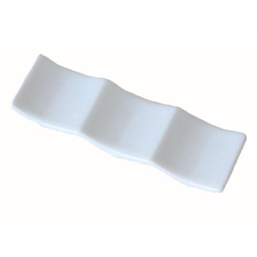 洋食でも箸置きは欲しいですよね 箸置き 洋風 白色 SALE 業務用 スーパーセール 国産 トリプルレスト