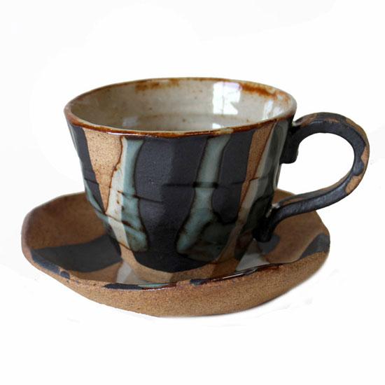 土の手触りにホッ!!のコーヒー碗皿じっくりコーヒーを味わう方に!! コーヒーカップソーサー バサラ十草 碗皿国産 食洗機対応 レンジ対応 珈琲 コーヒー 和風 温もり プレゼント 持ちやすい