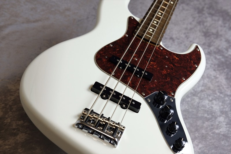 Fender  Made in Japan Limited Active Jazz Bass, Rosewood Fingerboard, Olympic White
