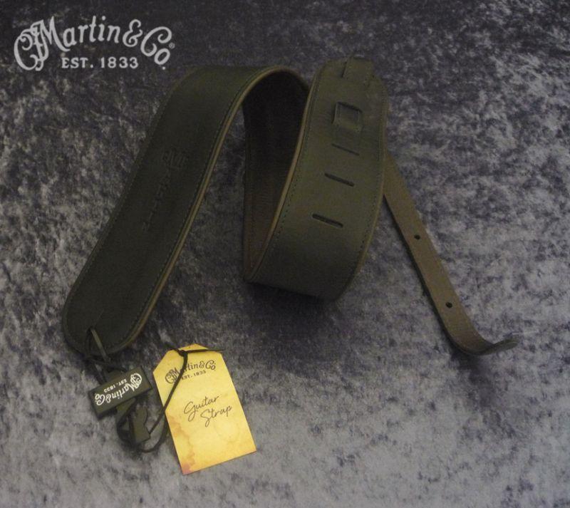 MARTIN / マーティン・ストラップ ROLL STRAP (Black)【18A0029】《レザーストラップ》【Martinの革製ストラップ】【送料無料】