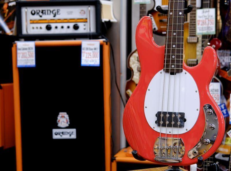 Sterling スターリン by MUSIC MANS.U.B Ray4 FRD/R 【4弦】【ベース】【スティングレイ】【アクティブベース】【入門者向け】【送料無料】
