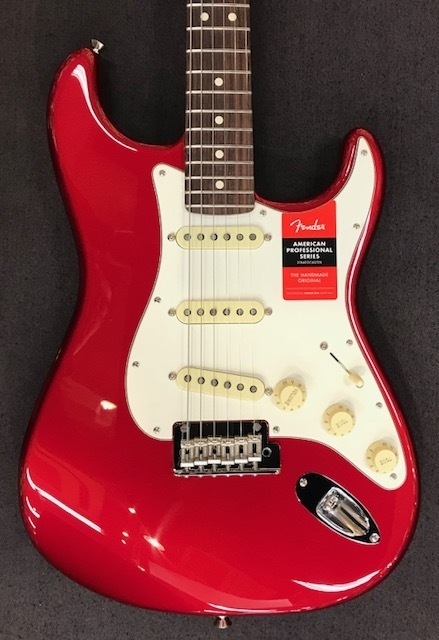 Fender USA American Professional Stratocaster ~Candy Apple Red / Rosewood Fingerboard~ #US17041941 【3.66kg】【フェンダー】【アメリカン・プロフェッショナル】【アメプロ】【ストラトキャスター】【送料無料】