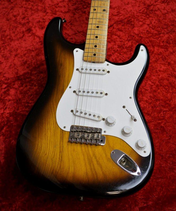 Fender Stratocaster 1955年製【1ピースアッシュボディー】【Vintage】【フェンダー】【ヴィンテージ】【ストラトキャスター】