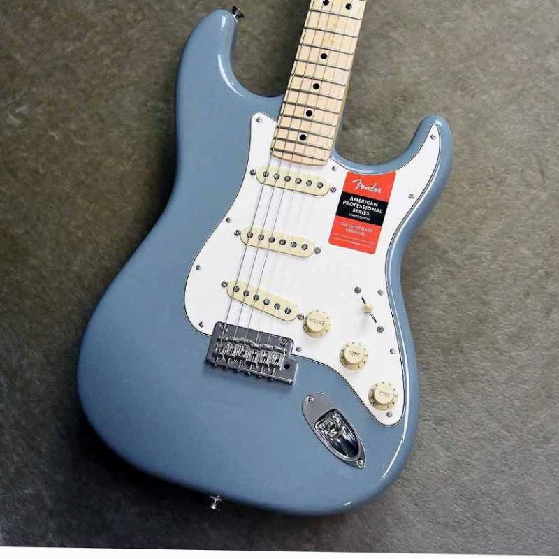 Fender American Professional Stratocaster ~Sonic Gray / Maple Fingerboard~ #US18011755【3.52kg】【フェンダー】【ストラトキャスター】【アメリカンプロフェッショナル】【ソニックグレイ】