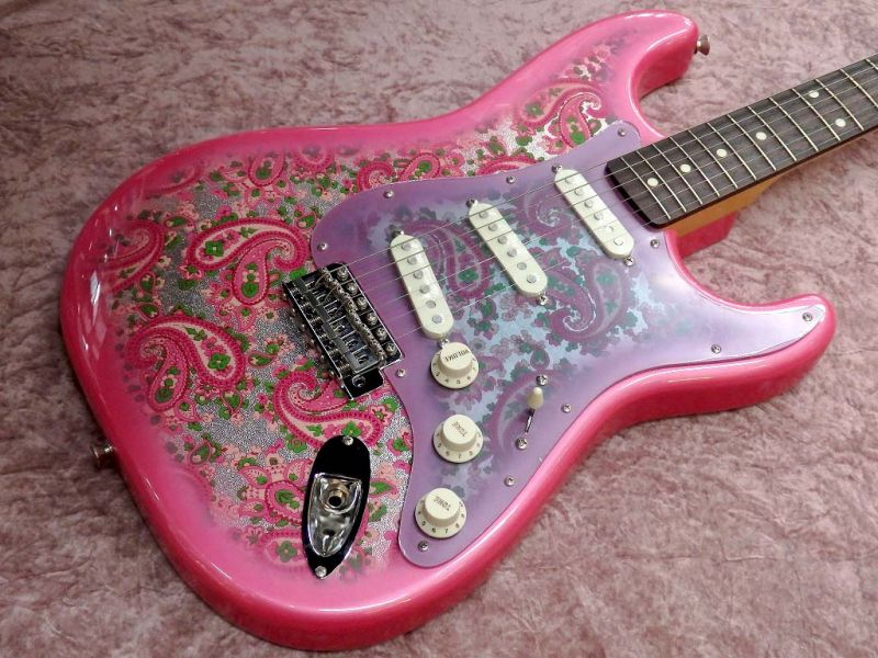 Fender フェンダー MADE IN JAPAN TRADITIONAL 60S STRATOCASTER Rosewood Fingerboard, Pink Paisley (エレキギター/ストラトキャスター)【国産・日本製】【送料無料】