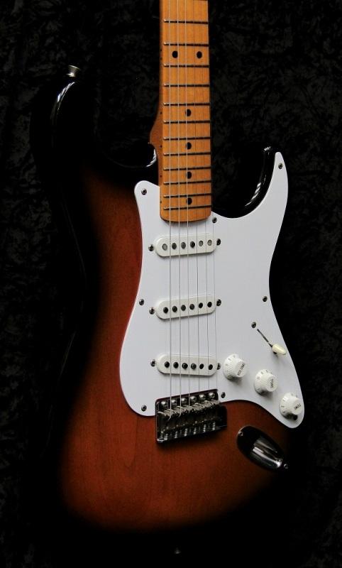 Fender Japan ST-57 2TS 【2004~2006年 USED】【中古・USED】【フェンダージャパン】【ストラトキャスター】