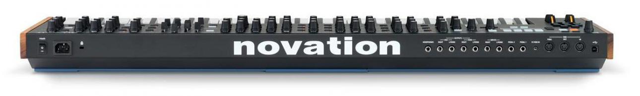 【予約受付中!!】novationSUMMIT【12月中旬出荷開始予定】【送料無料】