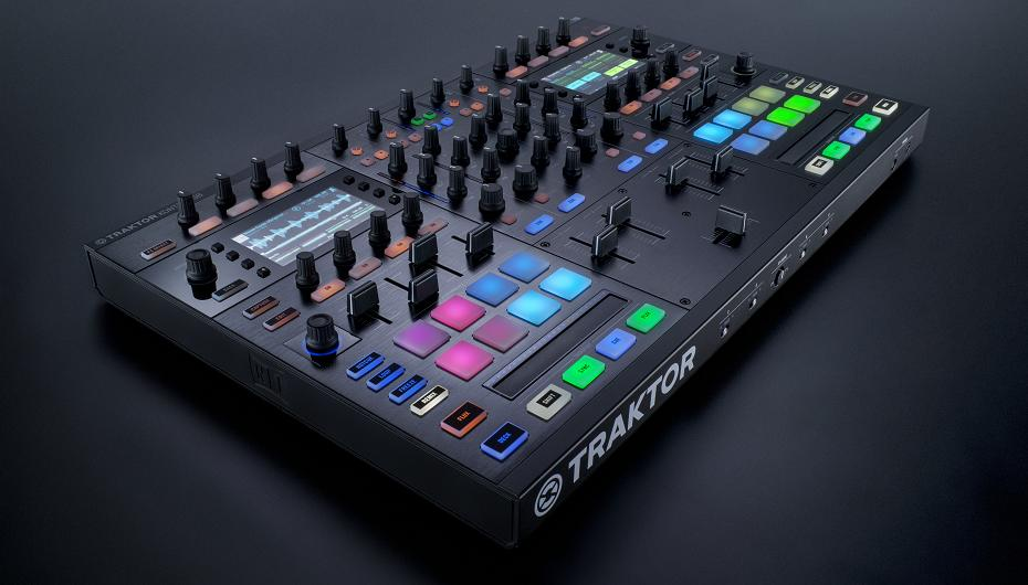 S8【送料無料】 KONTROL Native InstrumentsTRAKTOR