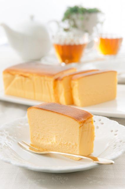 一度食べたら忘れられない ゑくぼ チーズケーキ Lサイズ 濃厚でしっとり スイーツ 洋菓子 こだわり お取り寄せ プレゼント お中元 えくぼ 残暑お見舞い お得セット 在庫一掃 エクボ ご挨拶 おみやげ お盆 数量限定 お誕生日