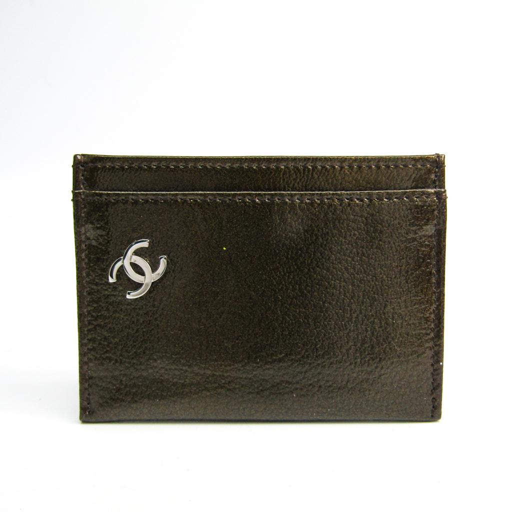 シャネル(Chanel) A36499 パテントレザー カードケース カーキ 【中古】