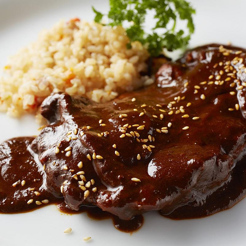 メキシコの伝統的ソース 新作からSALEアイテム等お得な商品 満載 特売 モーレ ポブラーノ モーレソース 鶏肉料理用チョコレートソース