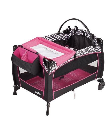 送料無料 新品●Evenflo ポータブルベビーベット プレイヤード Portable BabySuite 300 Marianna マリアンナ●赤ちゃん ベビーベッド 折りたたみ 旅行 お出かけ 持ち運び