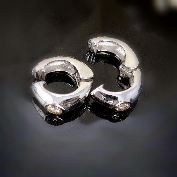 ★注文★【送料無料】鑑別付きK18WG天然ダイヤ 0.2ct一粒ダイヤ入りイヤークリップ■c190