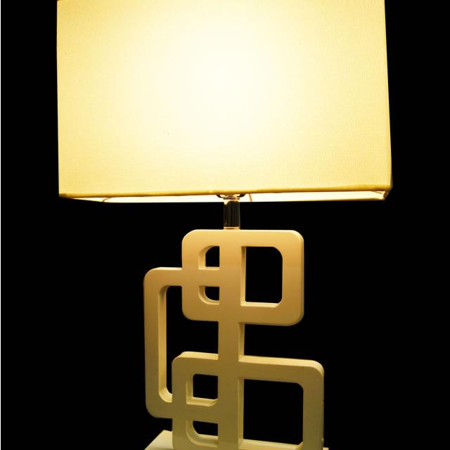 テーブルランプ YCOKT002 (テーブルスタンド テーブルライト 間接照明 LED 卓上スタンド デザイン インテリア おしゃれ 北欧 ダイニング 寝室 玄関 )