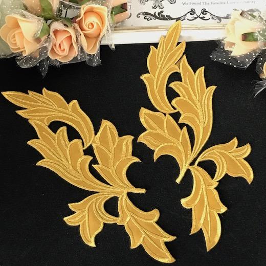 アイロン接着 ゴールドのリーフ形の刺繍ワッペンモチーフです 刺繍ワッペン アイロン接着可 超定番 ゴールド 新作 リーフ アイロン用 バトントワリング レオタードモチーフ バレエ衣装 装飾 モチーフ
